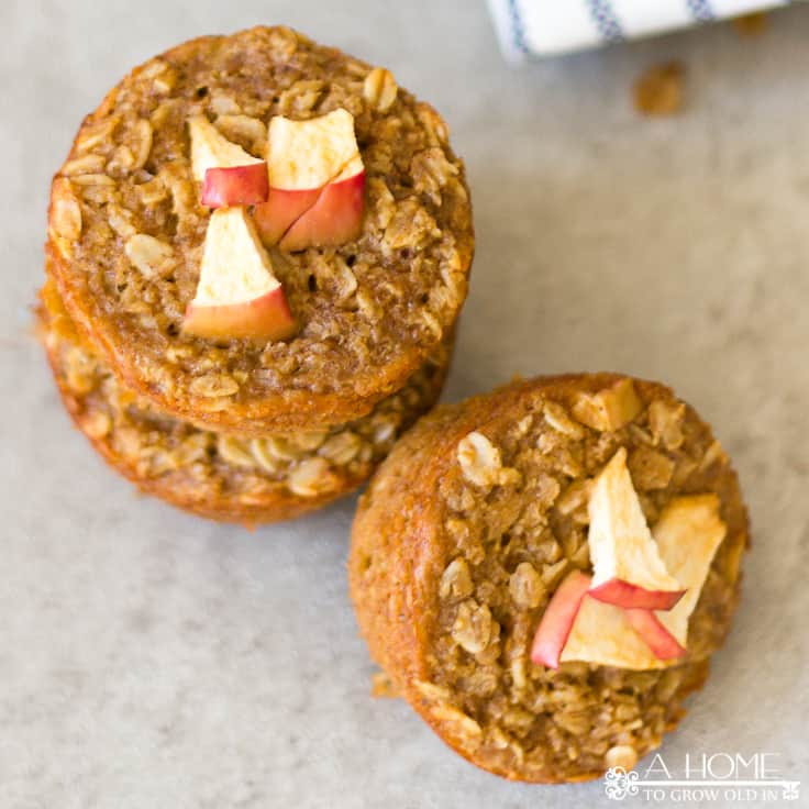 Baked Apple Pie Oatmeal Muffins Recipe