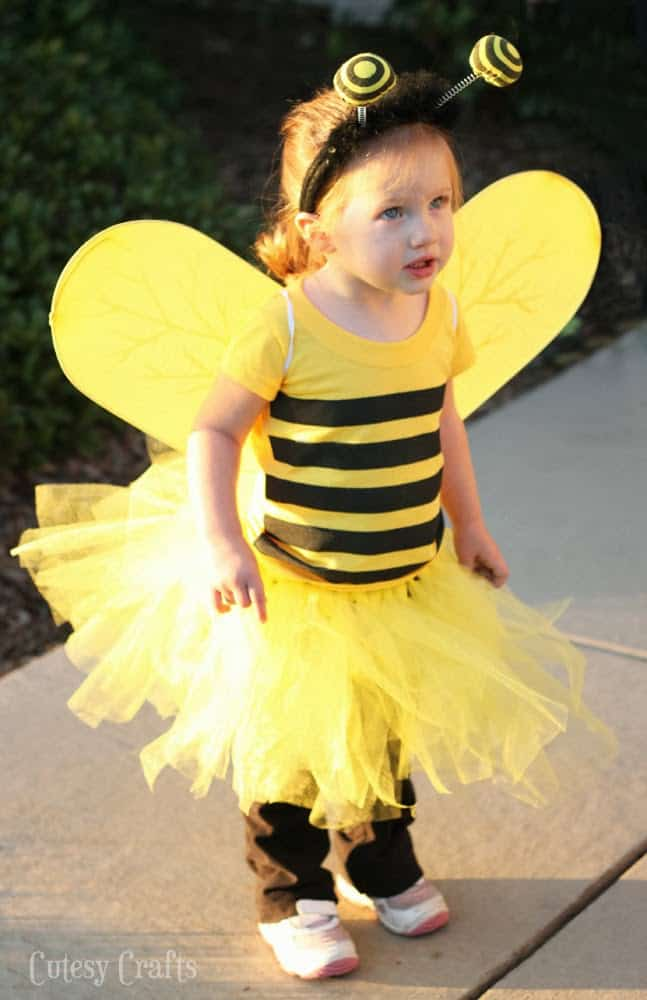 DIY Bee Costume – Cutesy Crafts - Halloween Costumes: The 15 Cutest Ideas for Kids featured on Kenarry.com
