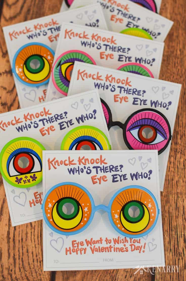 Eye want to wish you a Happy Valentine's Day! These funny knock knock valentines for kids use silly glasses or googly eyes as a Valentine's Day gift for kids. Get the free printable valentine cards at Kenarry.com