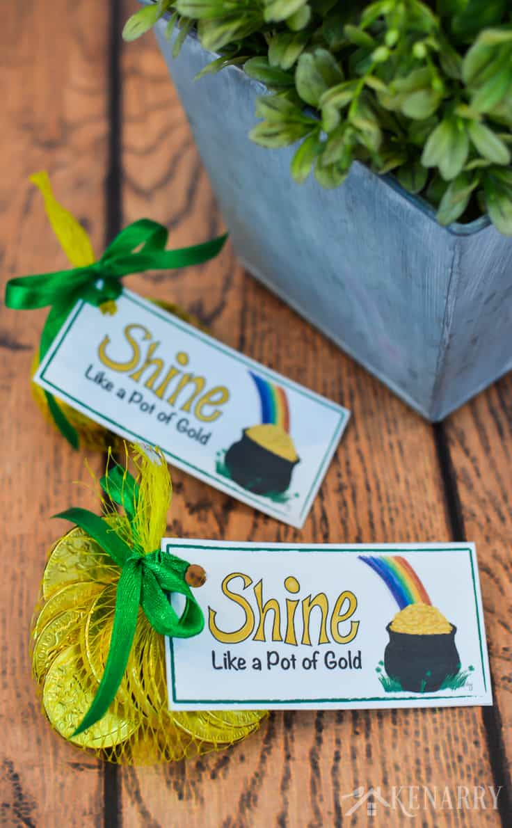 Shine like a pot of gold! These bright, cheerful and free printable treat tags are perfect for St. Patrick's Day party favors. With a pot of gold and a rainbow they're colorful and fun for both kids and adults.