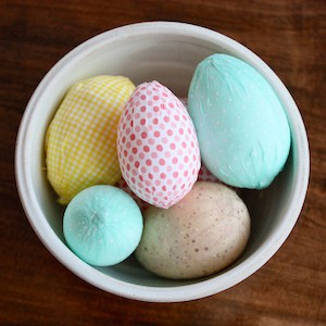 fabric-wrapped-easter-eggs