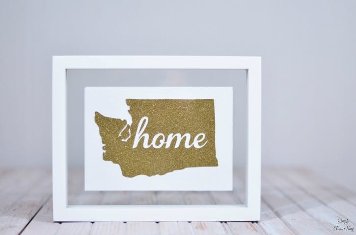Glitter State Art – Simply {Darr}ling - Home Sweet Home Art: 14 Easy DIY Craft Ideas featured on Kenarry.com