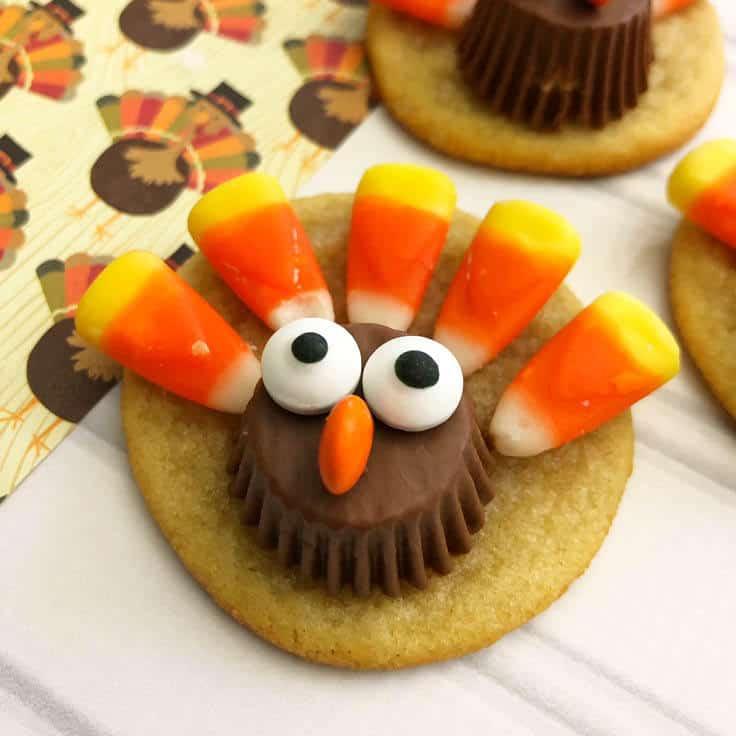 Easy to Make Thanksgiving Turkey Cookies