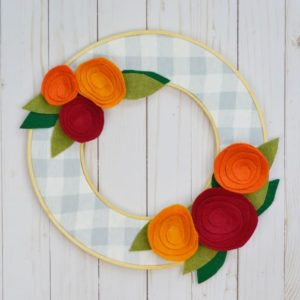 DIY Fall Wreath That's Easy and Inexpensive to Make