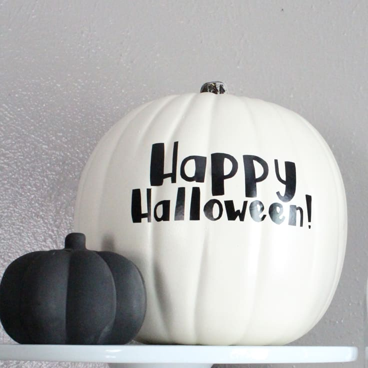 How to make a vinyl pumpkin phrase without a cutting machine