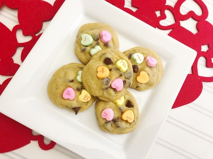 Valentine's Day is one of my favorite holidays. What's better than love and chocolates? Conversation Heart Cookies are soft, chocolatey and perfect for the ones you love. #valentines #cookies #kenarry