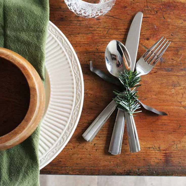 How to Make Easy Christmas Napkin Rings with Leather