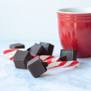 Hot chocolate pops are made with just TWO ingredients for an easy treat you can enjoy on snow days, holidays or other special occasions this winter.