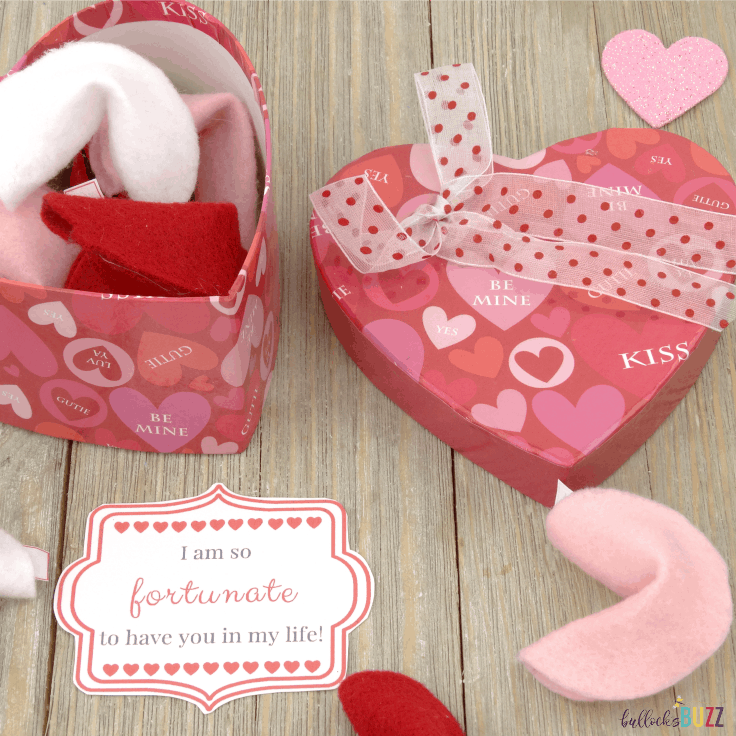 Diy Felt Fortune Cookies For Valentine S Day Printable Gift Tag