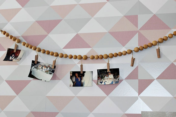 Wood bead photo-holder garland