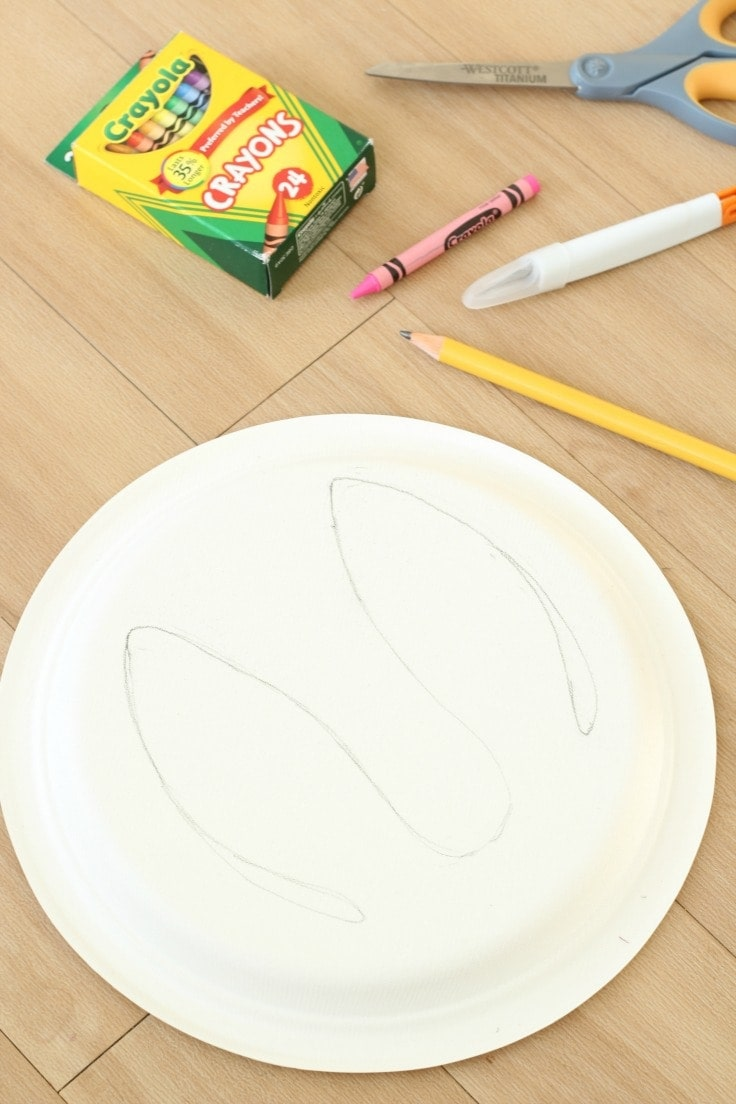 Drawing paper plate bunny ears in pencil