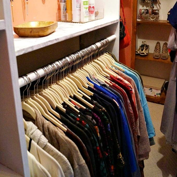 Easy Closet Organizing Ideas to Tidy Up Your Clothes
