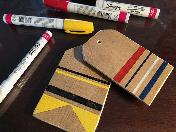 How to Make Rustic Wooden Luggage Tags