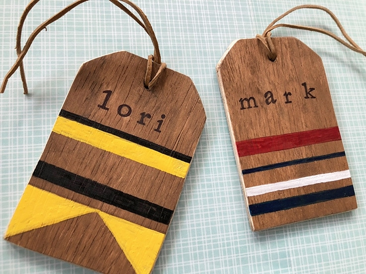 Learn how to make a unique rustic wooden DIY luggage tag to add a personalized flair to your bags and help make them easy to recognize when you travel. #luggagetags #crafts #kenarry
