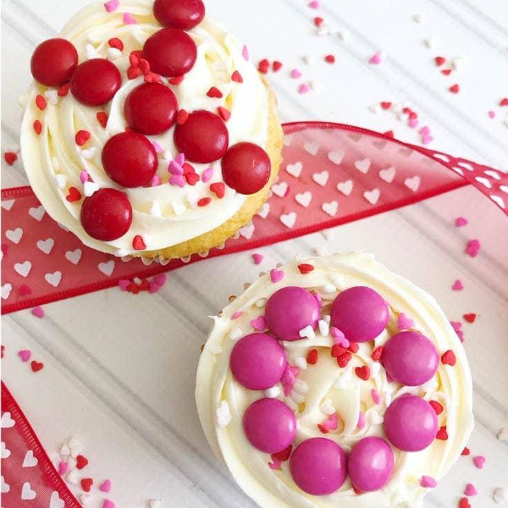 Easy to Make Valentine Cupcakes