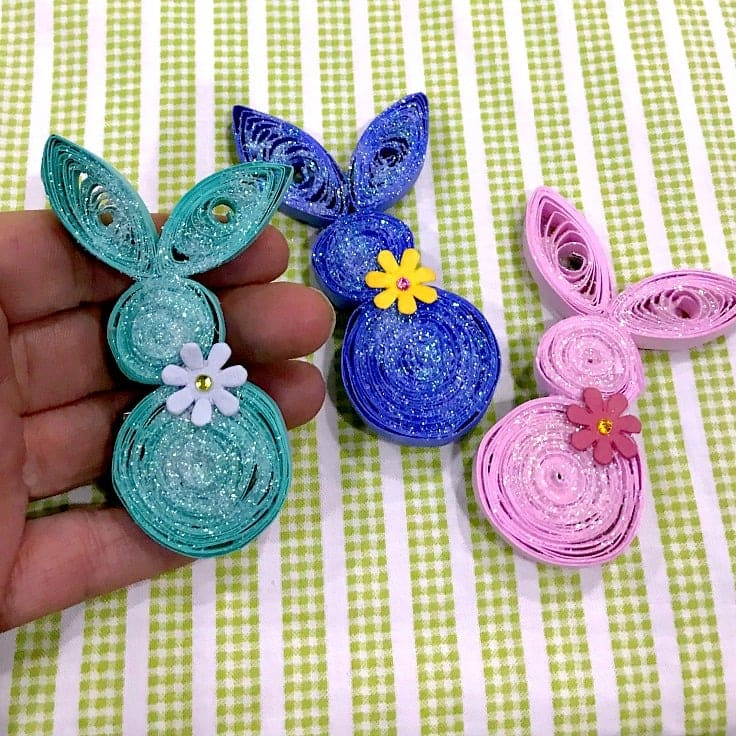 Fun Easter Craft: Create a Bunny Brooch with Paper