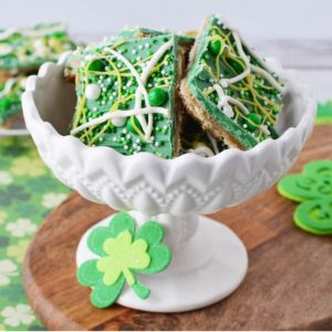 You don't need to be feeling lucky to make this easy St. Patrick's Day snack!