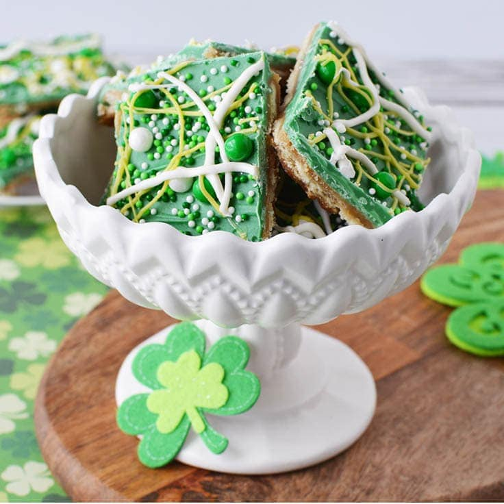 easy green and white St. Patrick's Day snack