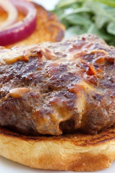 Bacon and Cheddar Stuffed Hamburgers