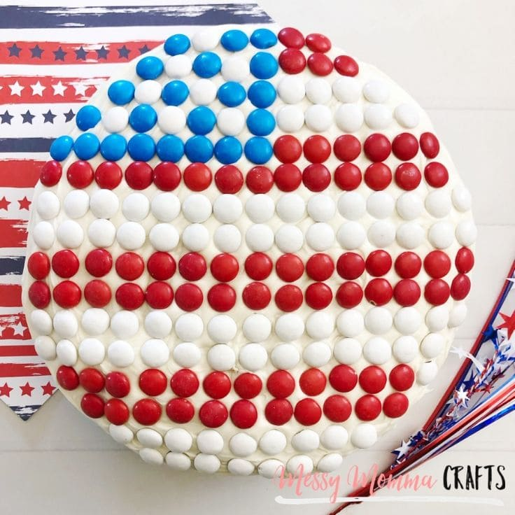 Learn how to make an American Flag cake.