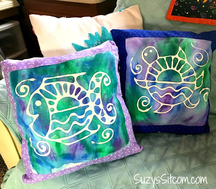 How to make batik fabric with glue!  This simple project includes free patterns!