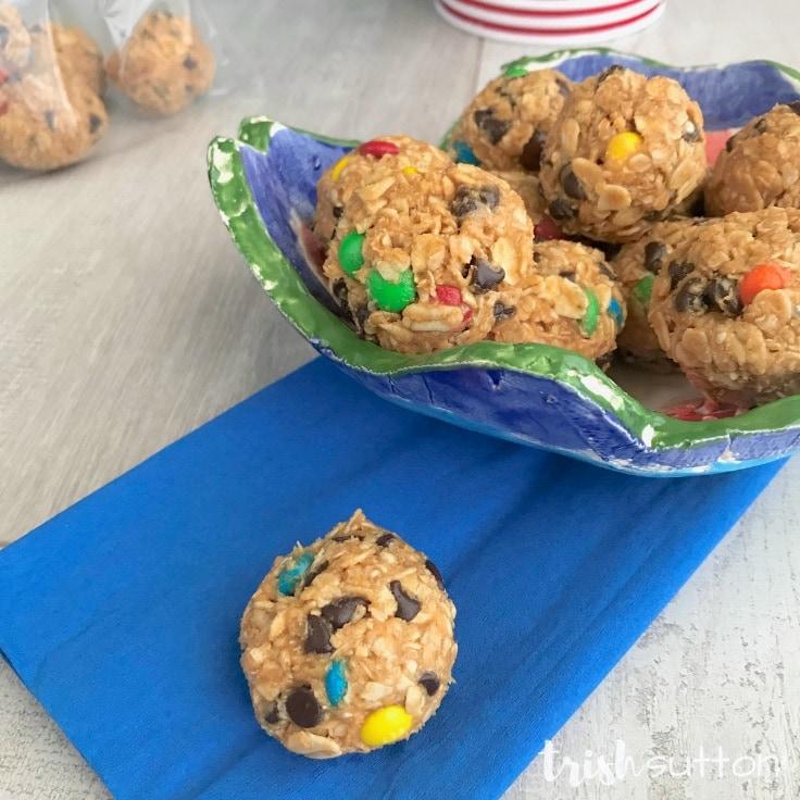 Monster Cookie Energy Bites: Easy No Bake Recipe