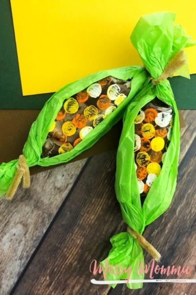 This Paper Towel Roll Indian Corn Craft for Kids is not only easy to make but you can recycle your paper towel rolls too.