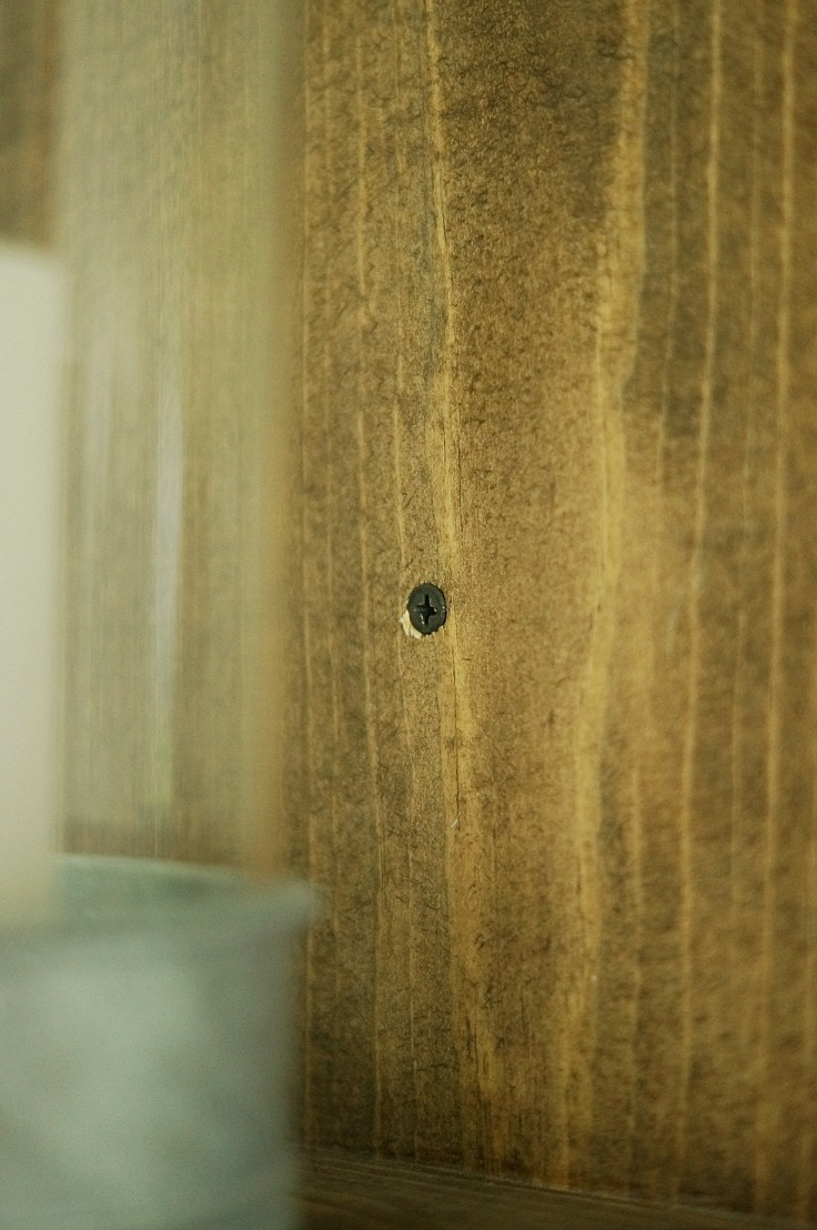 Easy to Hang DIY Wooden Wall Sconce
