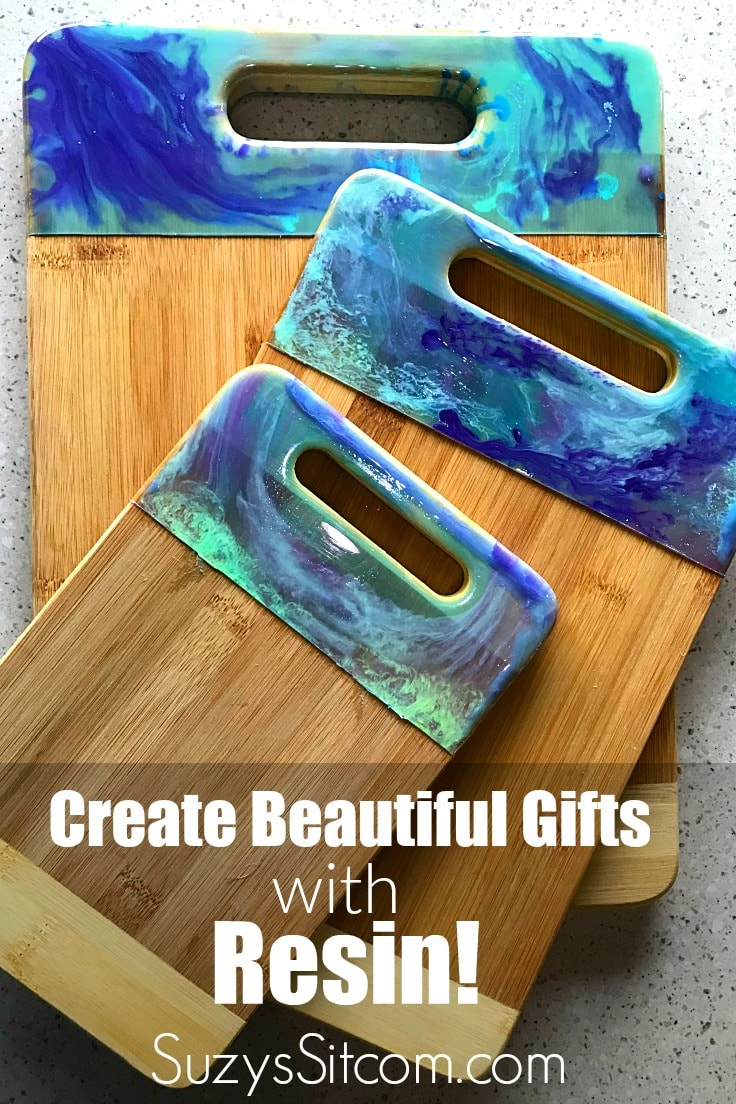 How to Create with Resin: a Beautiful Gift Idea!