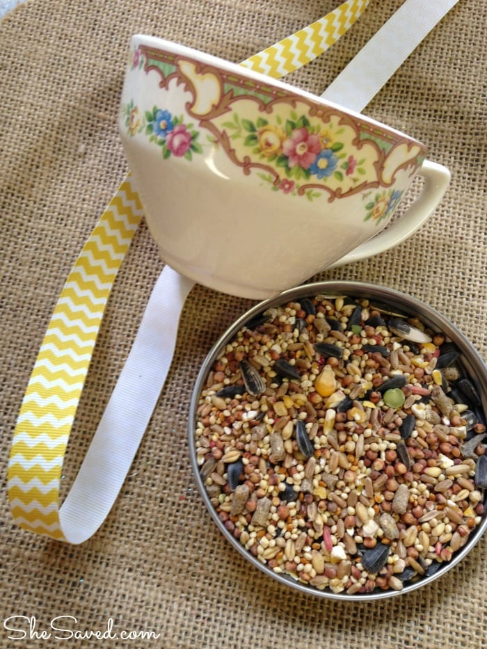 Teacup bird feeder - one of many upcycling ideas