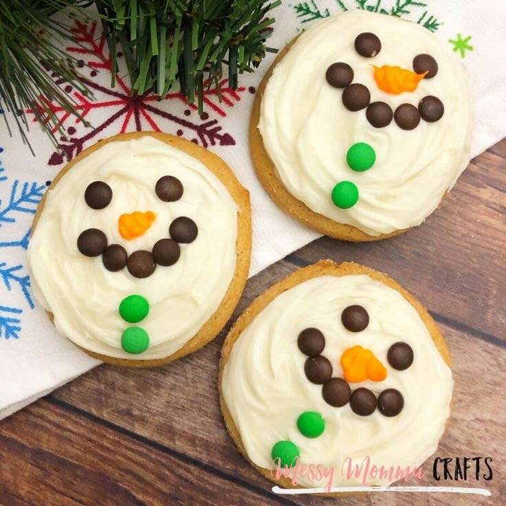 Easy snowman cookies decorated for the holidays