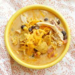 Delicious Slow Cooker Chicken Chili with Bacon