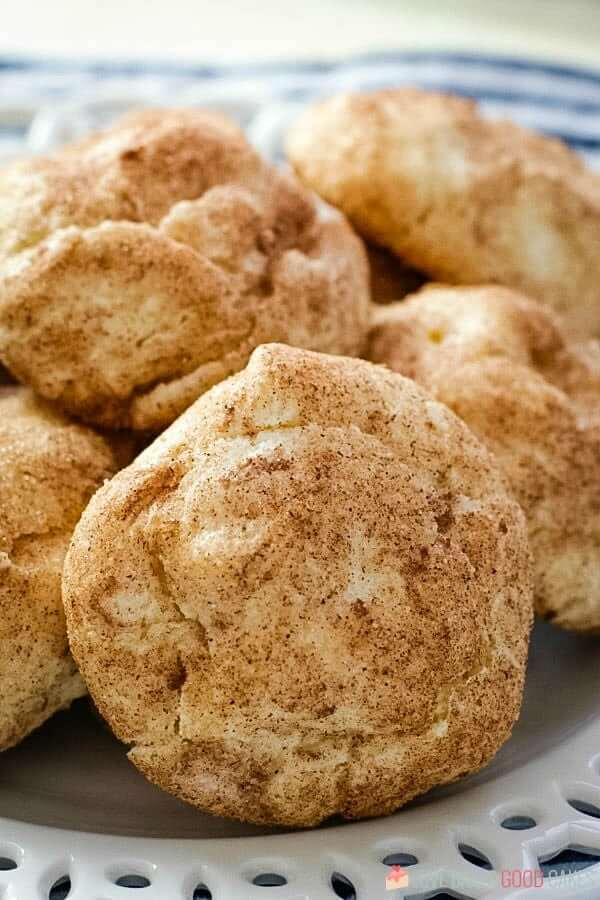 A pile of yummy snickerdoodle cream cheese cookies