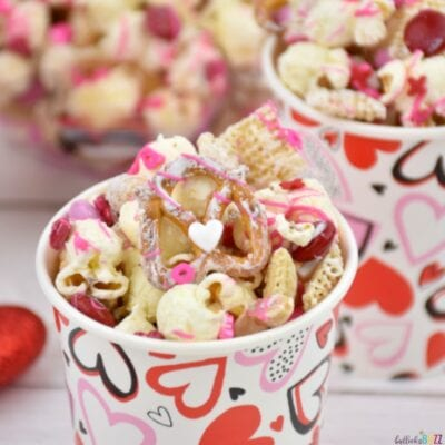 Valentine's Day Snack Mix in cute cups