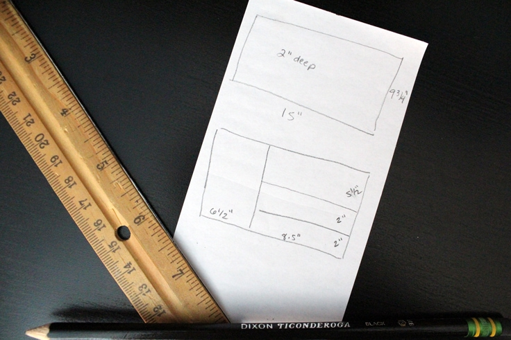pencil drawing of 2 drawers, one showing the outside measurements and the other showing divider measurements