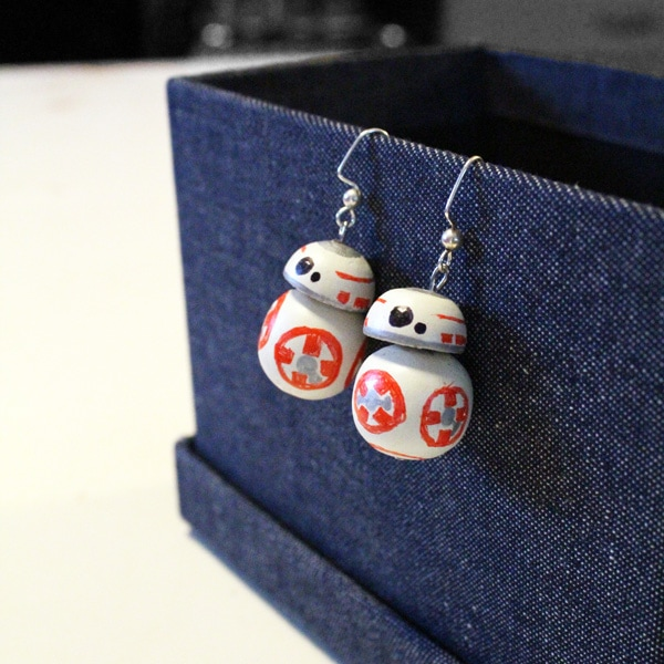 DIY Star Wars BB-8 Earrings