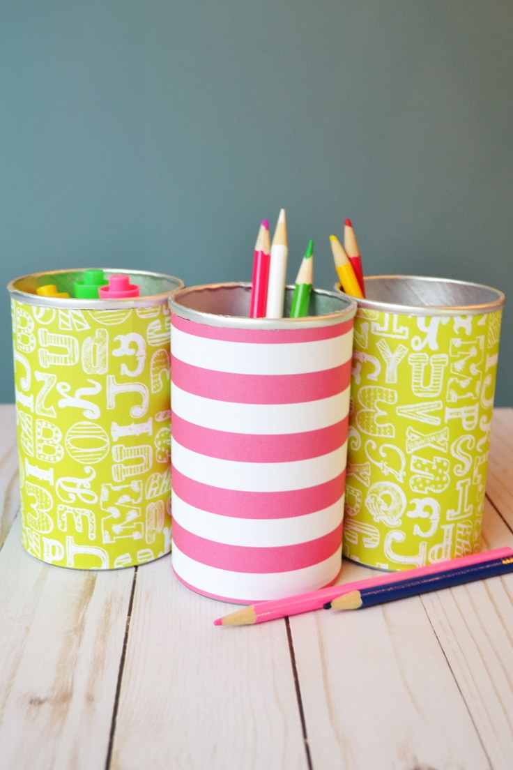 DIY pencil holder with pencils and markers