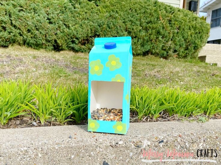 Our Milk Carton Bird Feeder is a great way to get creative, recycle and get outdoors by feeding the beautiful chirping birds around your house.