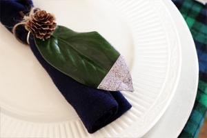 Magnolia Leaf napkin rings by Craftivity Designs