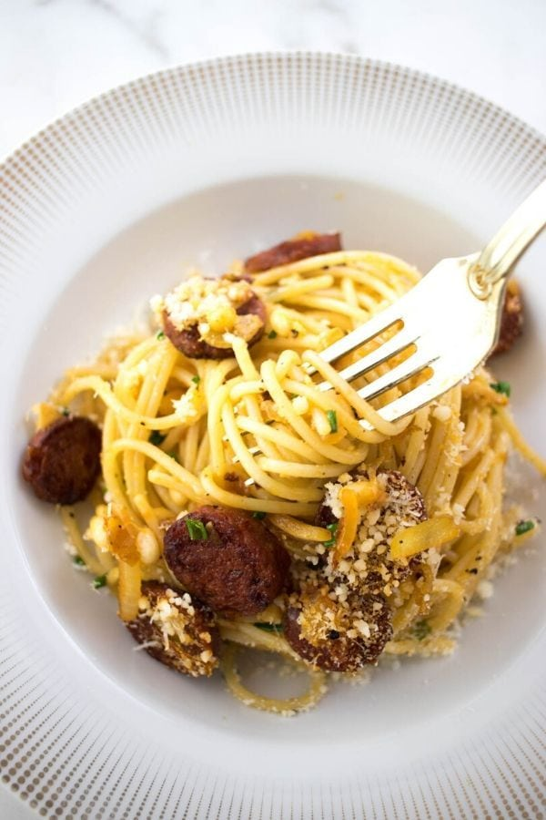 A plate of chorizo spaghetti