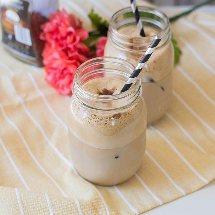 Easy Greek-Style Frappe Recipe: Iced Coffee Drink