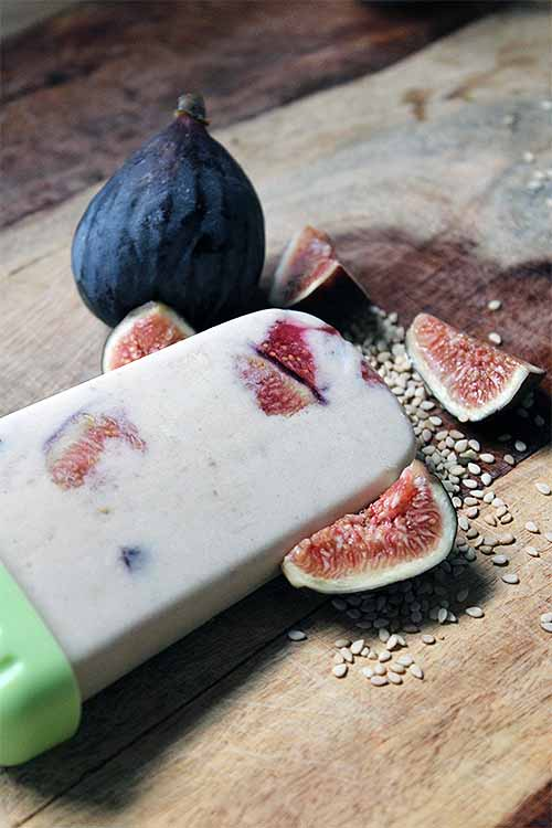 Popsicles made with figs