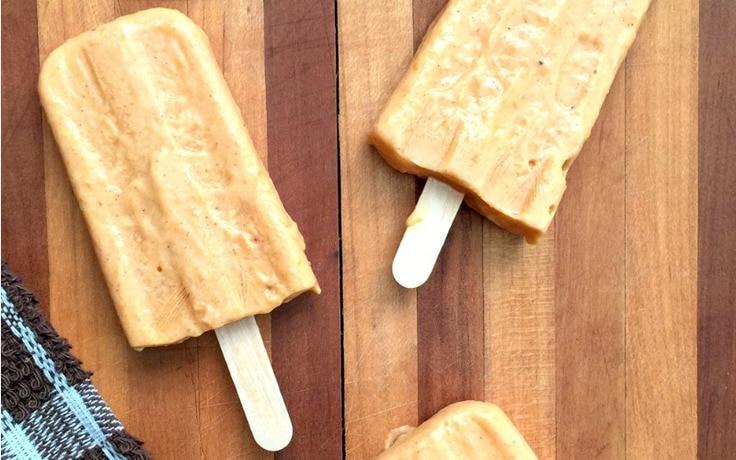 Creamy pumpkin spice popsicles