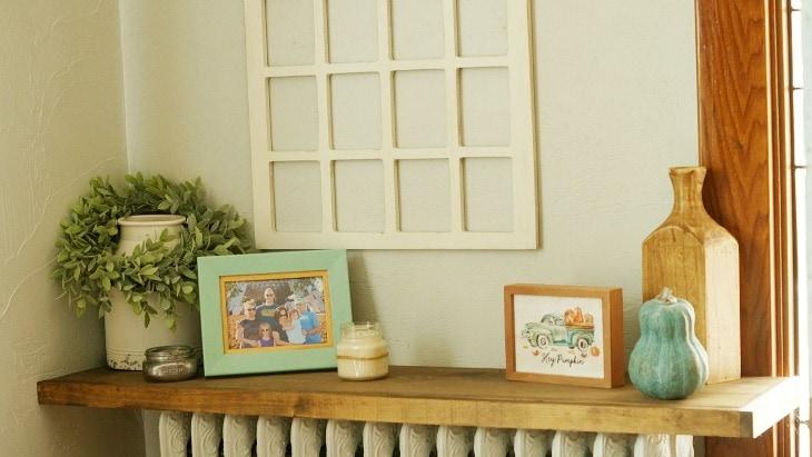 Easy Fall Shelf Decor