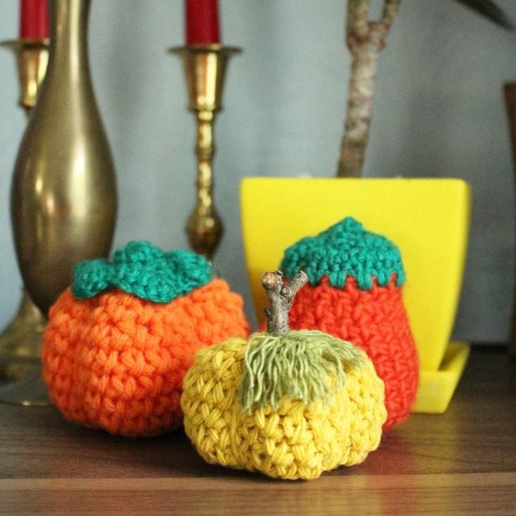 crochet pumpkins from One Mama's Daily Drama