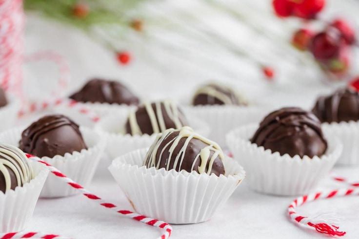 Bite-sized Keto chocolate chip cookie dough truffles