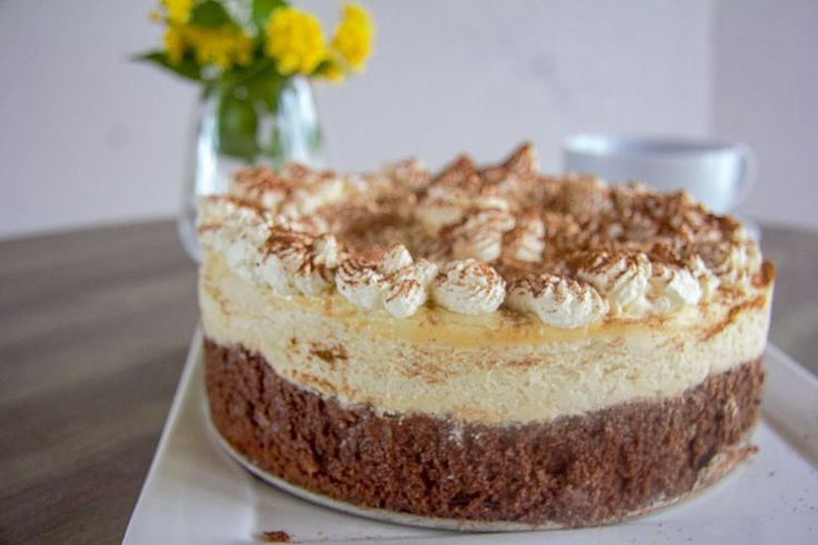 Layered tiramisu cheesecake