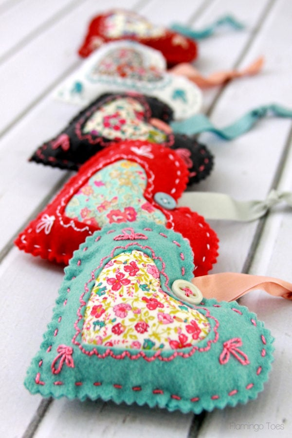 Heart-shaped sachets made from felt scraps for Valentine's Day from Flamingo Toes