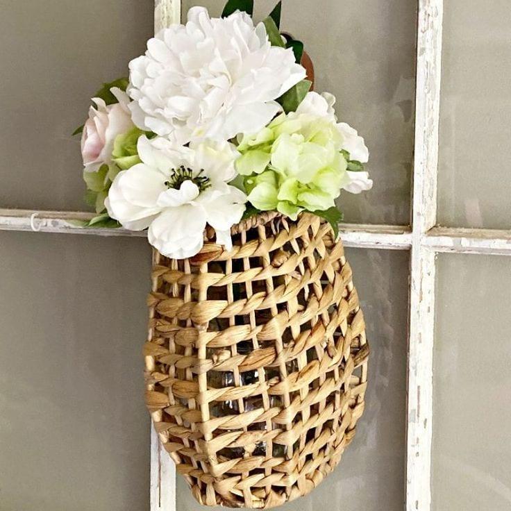 DIY Floral Hanging Rattan Basket For Summer – 10 Minute Craft